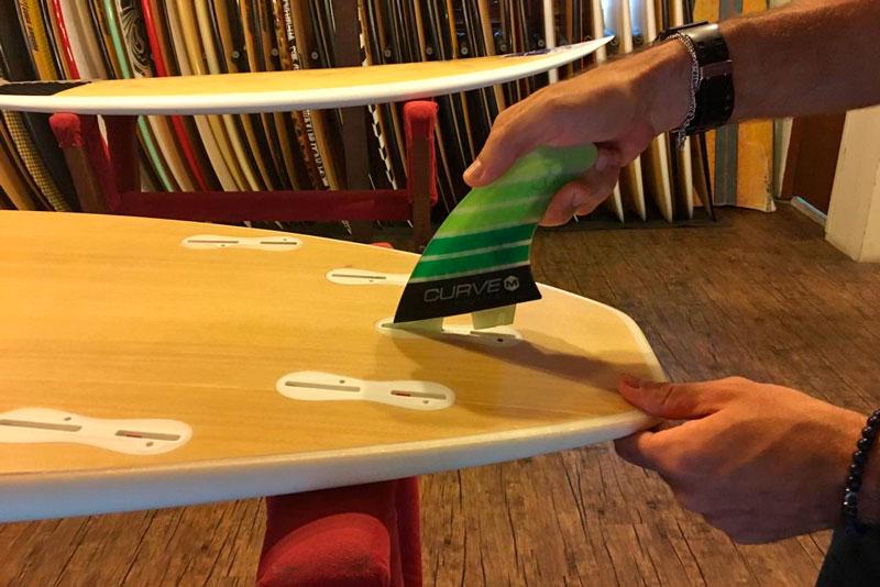 Quilhas de surf: Entenda os diferentes tipos para performance nas pranchas